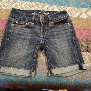 American eagle outfitters cutoffs size 00